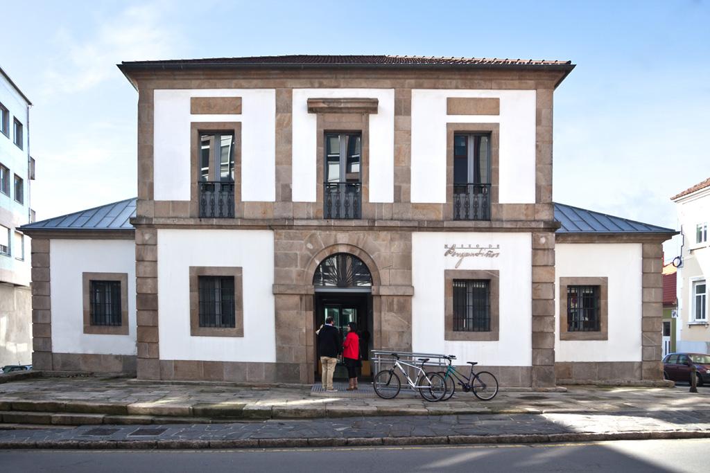 Oficina de turismo turismo del ayuntamiento de carballo for Oficina turismo galicia